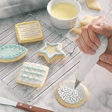 Recipe Decorated Cookies 6 Tips For Decorating Christmas Cookies Taste Of Home