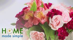 beautiful flower arrangements try this simple trick to create a beautiful flower arrangement