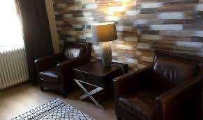 chambre bois chambre bois lit salon privé spa l escale de broglie