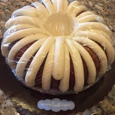nothing bundt cakes 93 photos u0026 99 reviews bakeries 635 w