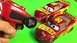 cars 3 lightning mcqueen racing center remote control lightning