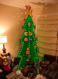 20 christmas trees that went beyond their call of duty christmas