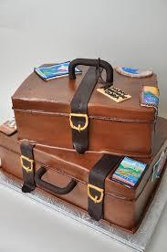 Kentucky best travel luggage images Best 25 luggage cake ideas travel cake suitcase jpg