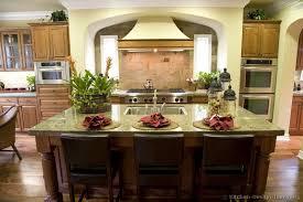 Backsplash Ideas For Small Kitchen Racetotop Com by Fantastic Kitchen Countertops Ideas Kitchen Countertops Ideas