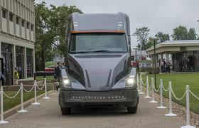 concept semi truck cummins electric semi truck traditional maker takes on tesla