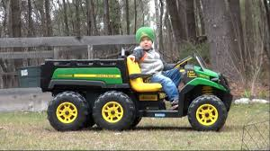 small jeep for kids peg perego john deere gator 6x4 ride on vehicle for kids youtube