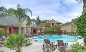 The Backyard Grill Houston Tx by South Main Houston Tx Apartments Southwest Advenir At The Med