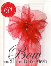 big christmas bows a large bow with deco mesh deco mesh crafts tutorials