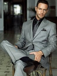 what color shirt with light grey suit what color shirt and tie should i wear with a gray suit to a wedding