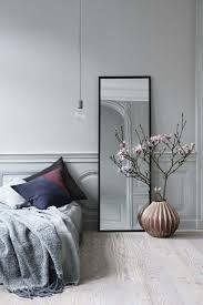 miroir dans chambre à coucher quel miroir dans une chambre impressionnant miroir chambre a coucher