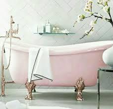 Old Fashioned Bathtubs Best 25 Vintage Bathtub Ideas On Pinterest Vintage Curtains
