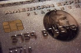 Travel focused consumers win in amex and chase 39 s battle for credit