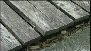 reviving dingy and discolored outdoor decks u2022 diy projects u0026 videos