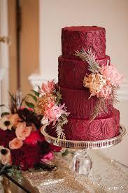 marsala red wedding cake bouquet wedding flower