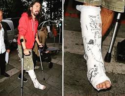 203 best dave grohl and the foo fighters images on pinterest