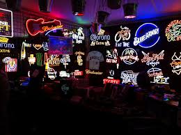 The Coolest Neon Signs For Your Man Cave Buyers Guide