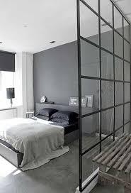 creer sa chambre aménager un dressing derrière une verrière intérieure