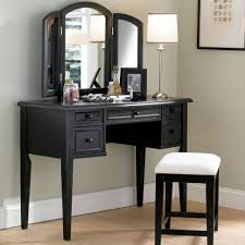 bedroom makeup vanity with lights