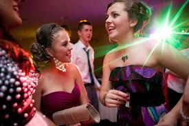 best places to buy prom dresses in duluth