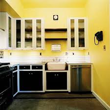 yellow kitchen decoration creates cheerfulness while cooking