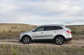 hyundai crossover 2015 2015 hyundai santa fe is surprisingly excellent