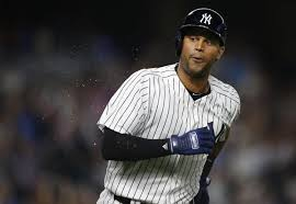 What S Next For Aaron Hicks As Aaron - aaron hicks makes a spectacular catch in yankees return off of dl