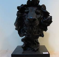 100 lion statue home decor table sculptures and figurines