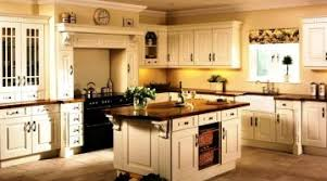 color ideas for kitchen walls enchanting country kitchen wall colors color country kitchen paint