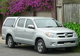 toyota hilux surf 2 7 2002 auto images and specification