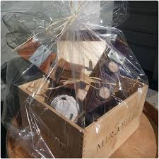 gift baskets with wine 39 wine gift baskets they will dodo burd