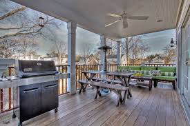 Decorating Ideas For The Home Back Porch Friends Back Porch Designs Back Porch Back Porch