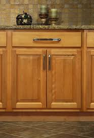 Colors For Kitchens With Maple Cabinets Best 25 Maple Kitchen Ideas On Pinterest Maple Kitchen Cabinets