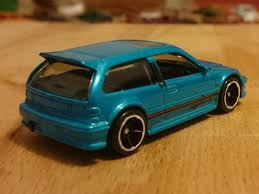 miniature motoring hotwheels honda civic and porsche 993 gt2