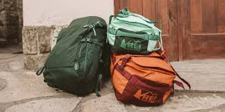how to choose travel luggage u0026 bags rei expert advice