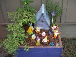 2014 snow white u0026 7 dwarfs fairy garden a miniature fairy