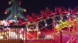 santa express and spinning coaster at hyde park winter