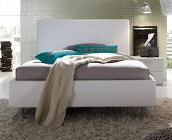 schlafzimmer in weiãÿ schlafzimmer colorativi6 hochglanz lack weiß türkis möbel