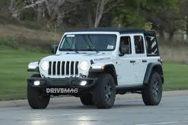 green jeep rubicon unlimited we spy the 2018 jeep wrangler lineup without any camouflage