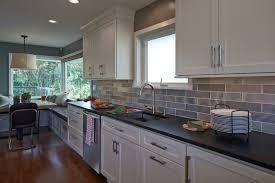 cuisine repeinte en gris cuisine repeinte gris blanc d captivant cuisine repeinte en blanc