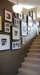 ideas for hanging family pictures hanging family pictures photo