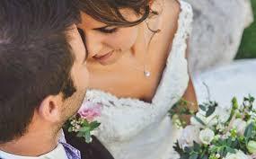 photo de mariage le mariage bohème chic de meriem et julien au de peyre