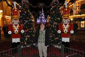 mickey s merry photo wishing well travel