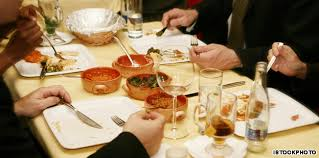 table manners 5 point guide to mumbai table manners cnn travel