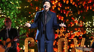 gavin degraw crooning u201chave merry christmas u201d