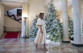 White House Christmas Decorating She U0027s Like An Angel U0027 Melania Trump Stuns In Dior For Unveiling Of