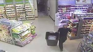 Shoppers Drug Mart Thanksgiving Hours Hamilton Police Release Video From Dundas Shoppers Drug Mart Theft