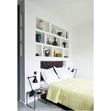cachee dans la chambre idée déco n 6 une chambre avec une tête de lit cachée dans une
