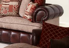 Chesterfield Sofa Cushions How To Coordinate Chesterfield Sofa Cushions With The Sofa