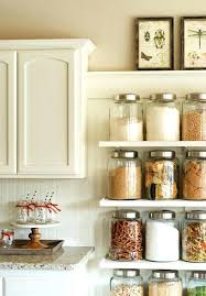 rangement placard cuisine astuce rangement placard cuisine range assiette blanc vertical