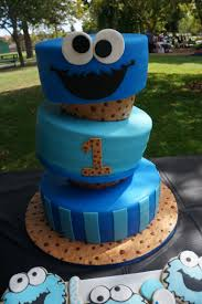 cookie monster cake made for his first birthday by jesi u0027s home